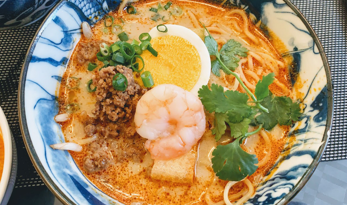 シンガポール担々麺